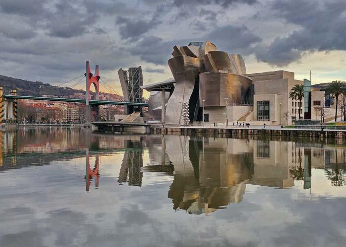 guMuseo-Guggenheim-Bilbao3